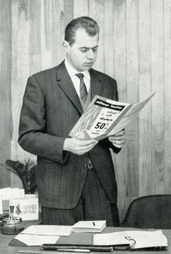 Emile Vanoostende (1936-2015), zoon van apotheker Remi Vanoostende en Madeleine D'hooge